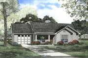 Traditional Style House Plan - 3 Beds 1.5 Baths 1075 Sq/Ft Plan #17-450 Exterior - Front Elevation