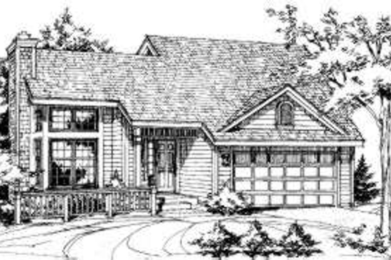 Traditional Style House Plan - 3 Beds 2 Baths 1246 Sq/Ft Plan #320-131 Exterior - Front Elevation