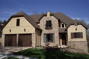 House Plan Design - European Exterior - Front Elevation Plan #124-688