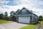 Contemporary Style House Plan - 3 Beds 2.5 Baths 2531 Sq/Ft Plan #1070-82 Photo