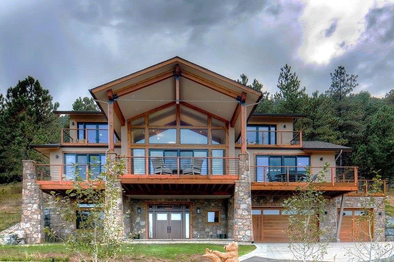 Architectural House Design - Modern Exterior - Front Elevation Plan #1042-20