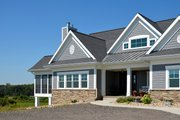 Ranch Style House Plan - 2 Beds 2 Baths 2271 Sq/Ft Plan #70-1499 Exterior - Front Elevation