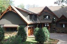 Dream House Plan - Craftsman Exterior - Front Elevation Plan #51-574