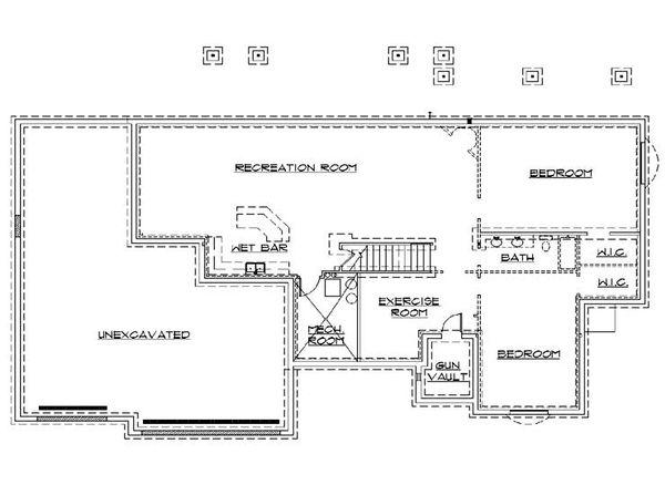 Traditional Floor Plan - Lower Floor Plan Plan #5-253