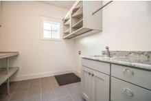Dream House Plan - Craftsman Interior - Laundry Plan #119-370