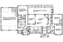 Craftsman Floor Plan - Main Floor Plan Plan #935-12