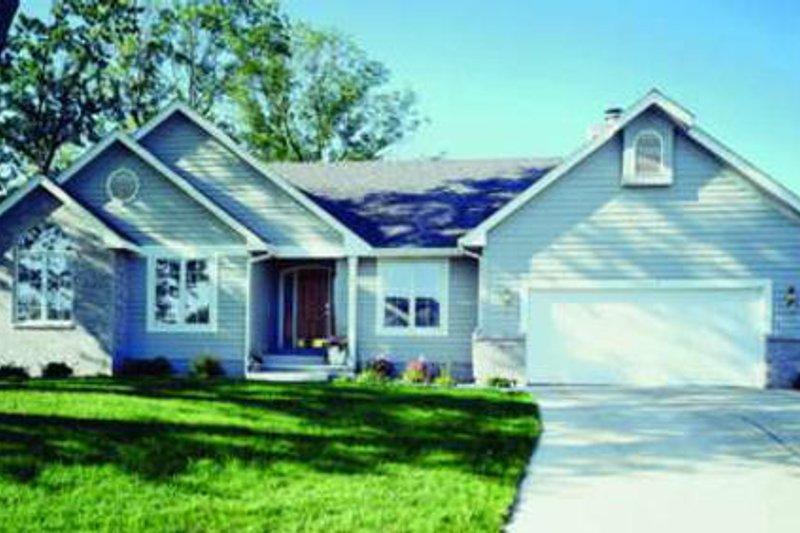 Dream House Plan - Exterior - Front Elevation Plan #320-350