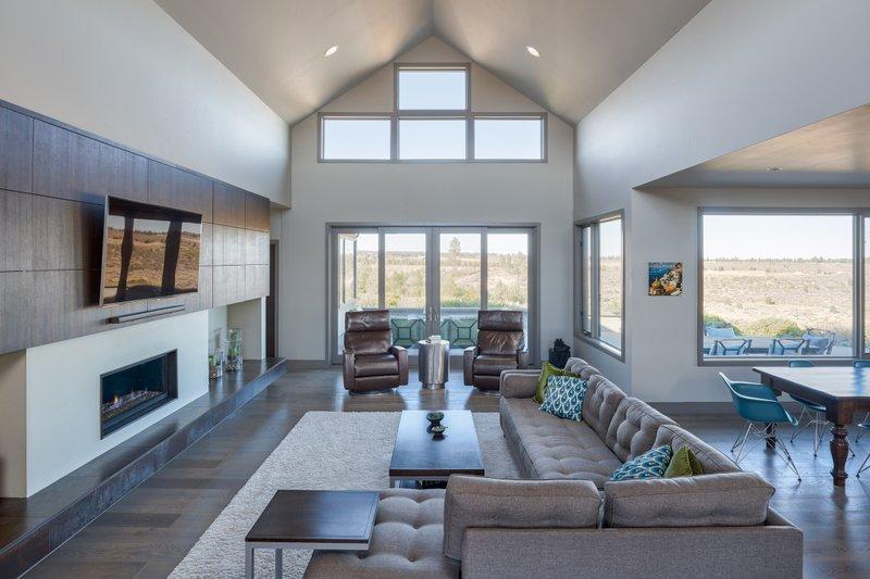 Contemporary Interior - Family Room Plan #892-15 - Houseplans.com