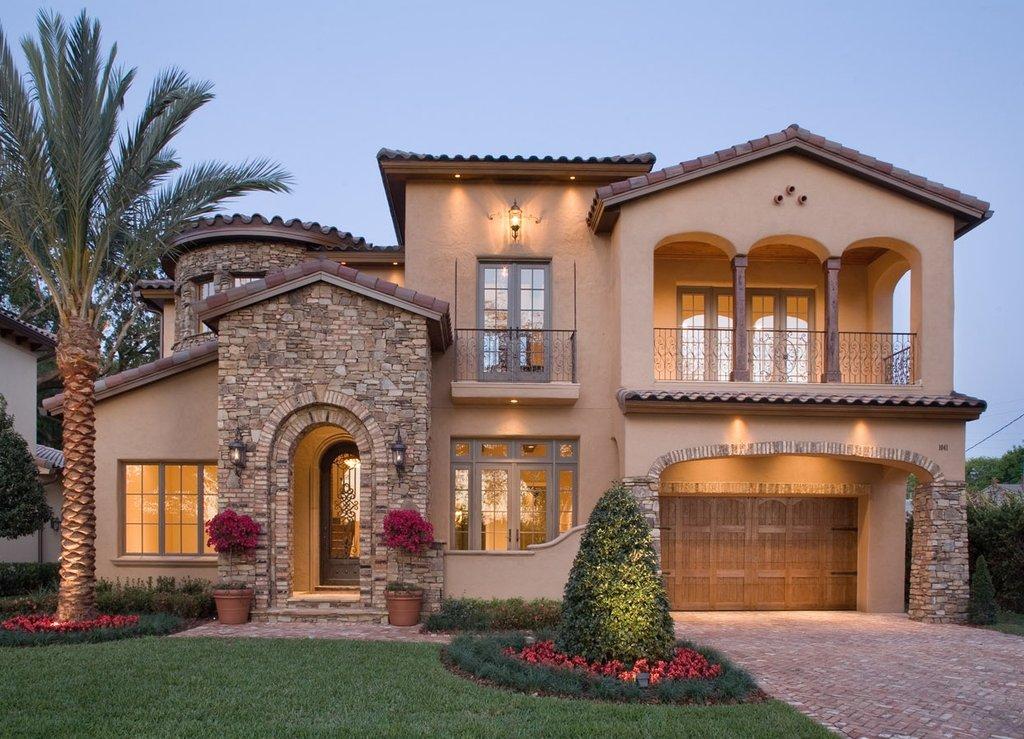 Mediterranean Style House Plan 4 Beds 3 5 Baths 4923 Sq Ft Plan 135 166 Houseplans Com