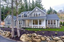 House Plan Design - Southern Exterior - Front Elevation Plan #1070-12