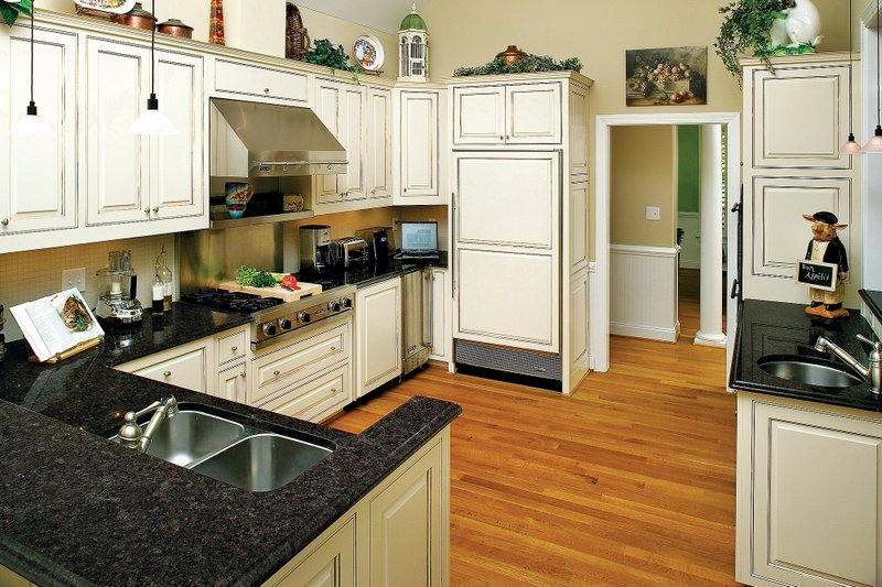 Country Interior - Kitchen Plan #929-9 - Houseplans.com