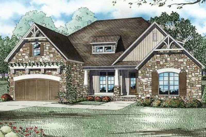 Craftsman Style House Plan - 4 Beds 2 Baths 2083 Sq/Ft Plan #17-2348 Exterior - Front Elevation
