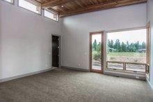 Modern Interior - Bedroom Plan #892-14