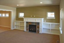 Craftsman Interior - Family Room Plan #895-61