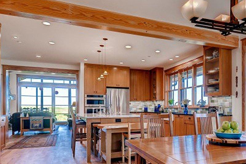 Prairie Interior - Kitchen Plan #1042-18 - Houseplans.com