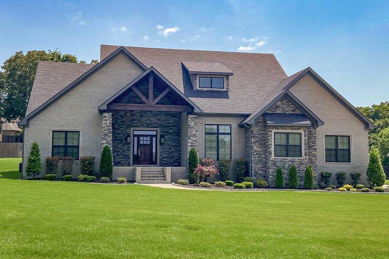 Home Plan - Craftsman Exterior - Front Elevation Plan #17-2372
