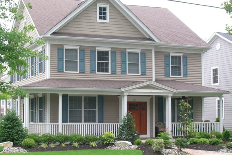 Architectural House Design - Traditional Exterior - Front Elevation Plan #1053-53