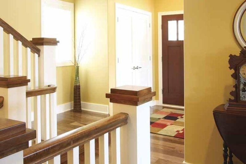 Traditional Interior - Entry Plan #928-44 - Houseplans.com