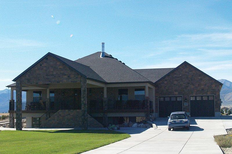 House Plan Design - Ranch Exterior - Front Elevation Plan #1060-21