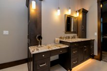 Craftsman Interior - Master Bathroom Plan #70-1486