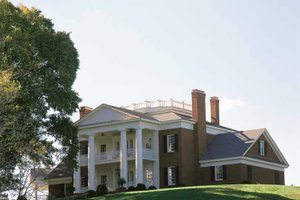House Plan Design - Classical Exterior - Front Elevation Plan #137-307