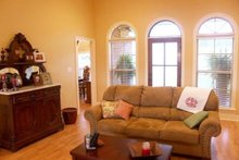Home Plan - Southern Interior - Family Room Plan #21-102