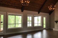 Craftsman Interior - Family Room Plan #437-76