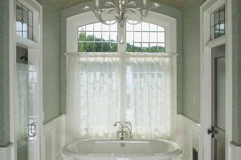 Country Interior - Master Bathroom Plan #928-183 - Houseplans.com