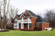 Traditional Style House Plan - 4 Beds 3.5 Baths 3152 Sq/Ft Plan #929-696 Exterior - Front Elevation