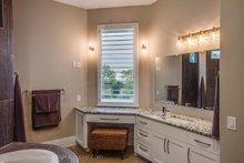 Prairie Interior - Master Bathroom Plan #935-13