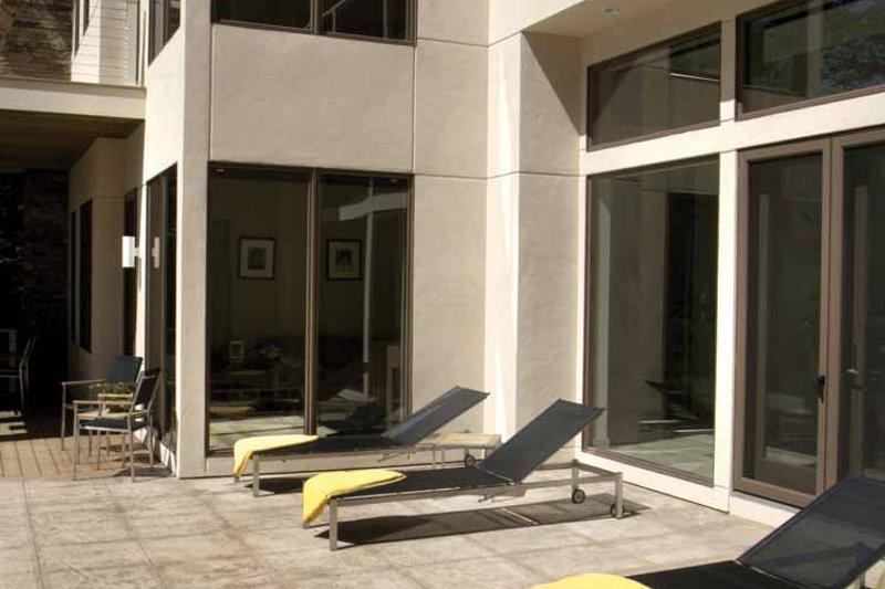 Contemporary Exterior - Rear Elevation Plan #928-77 - Houseplans.com