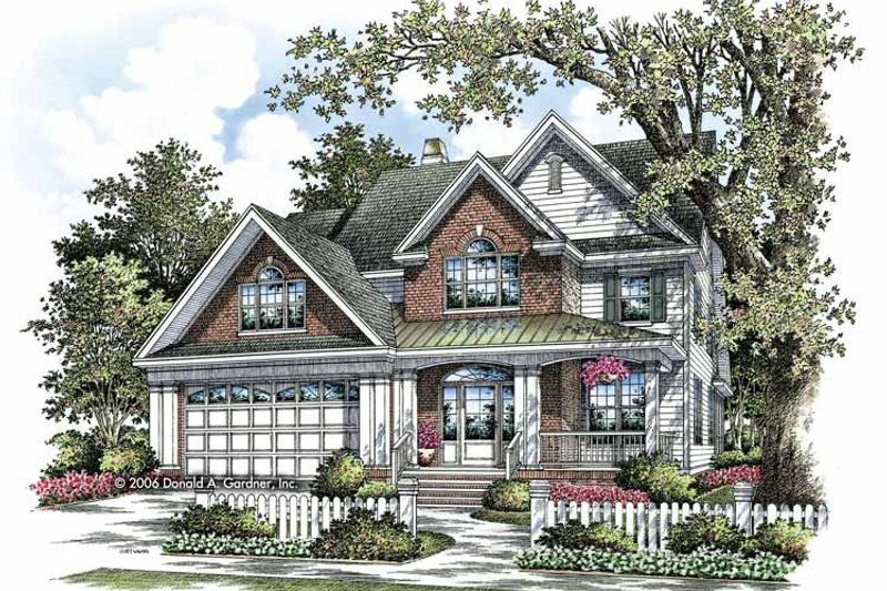 Traditional Exterior - Front Elevation Plan #929-805 - Houseplans.com
