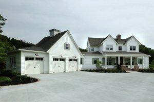 Farmhouse Exterior - Front Elevation Plan #928-309