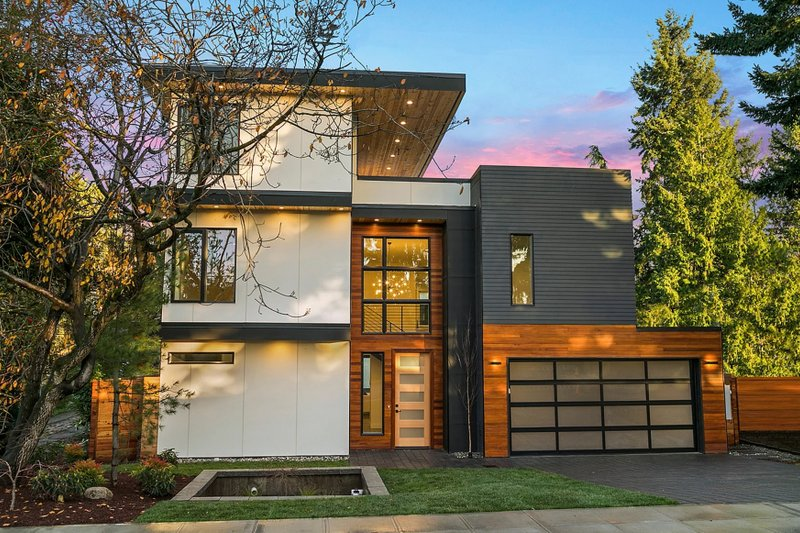 House Plan Design - Modern Exterior - Front Elevation Plan #1066-3