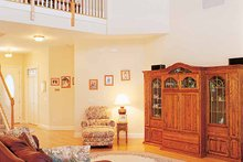 Victorian Interior - Family Room Plan #417-545