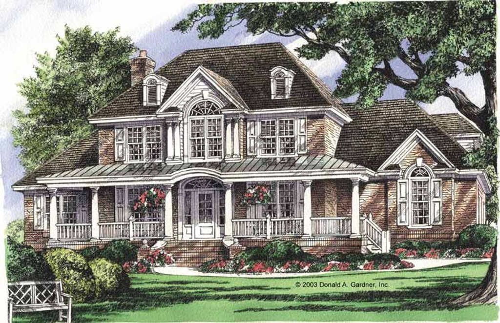 Colonial Style House Plan 5 Beds