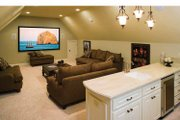 Traditional Style House Plan - 4 Beds 4.5 Baths 3080 Sq/Ft Plan #929-778 Interior - Other