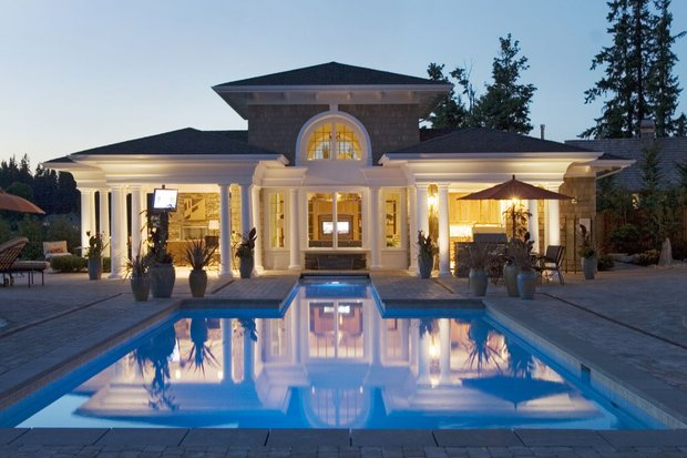 House Plans with Pools