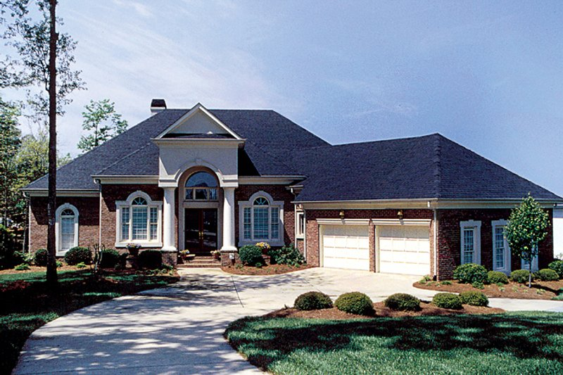Dream House Plan - Colonial Exterior - Front Elevation Plan #453-37