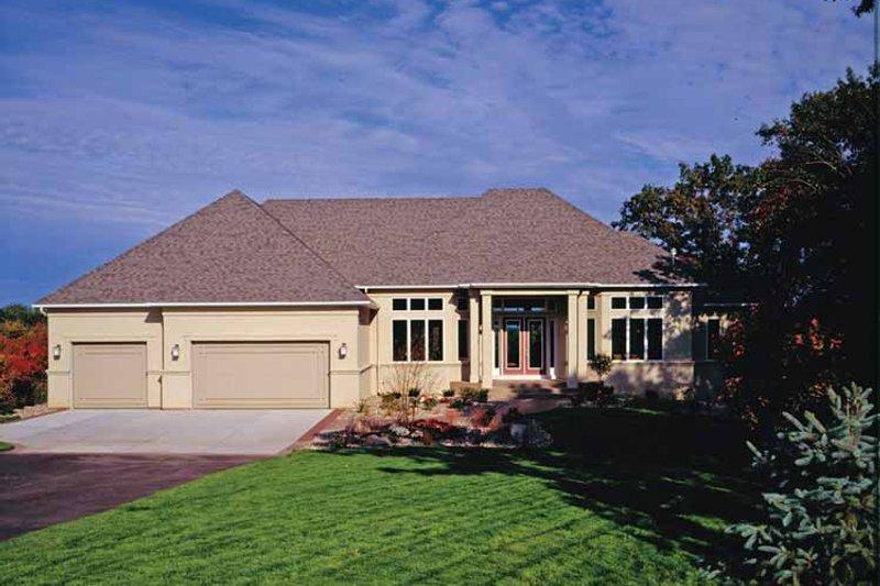 House Plan Design - European Exterior - Front Elevation Plan #51-1094