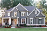 Traditional Style House Plan - 5 Beds 4 Baths 3054 Sq/Ft Plan #54-324 Exterior - Front Elevation
