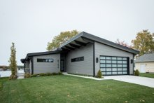 Home Plan - Contemporary Exterior - Front Elevation Plan #928-345