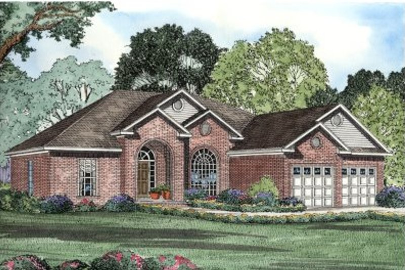 European Style House Plan - 4 Beds 2 Baths 2238 Sq/Ft Plan #17-150 Exterior - Front Elevation