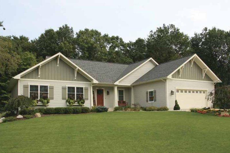 House Plan Design - Craftsman Exterior - Front Elevation Plan #928-126