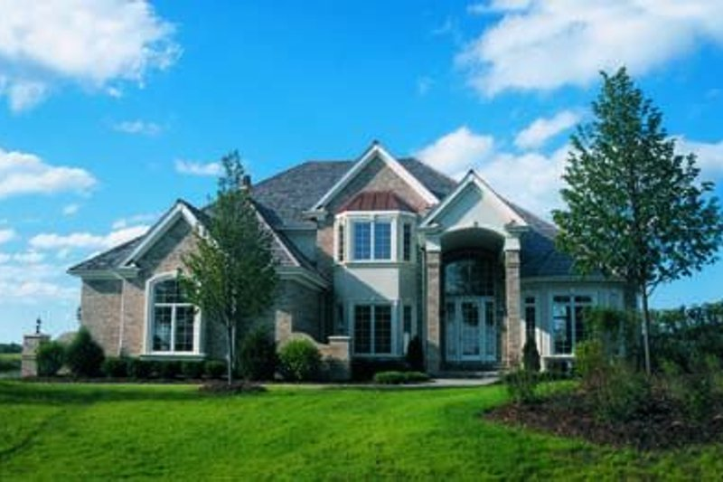 Dream House Plan - Traditional Exterior - Front Elevation Plan #20-1049