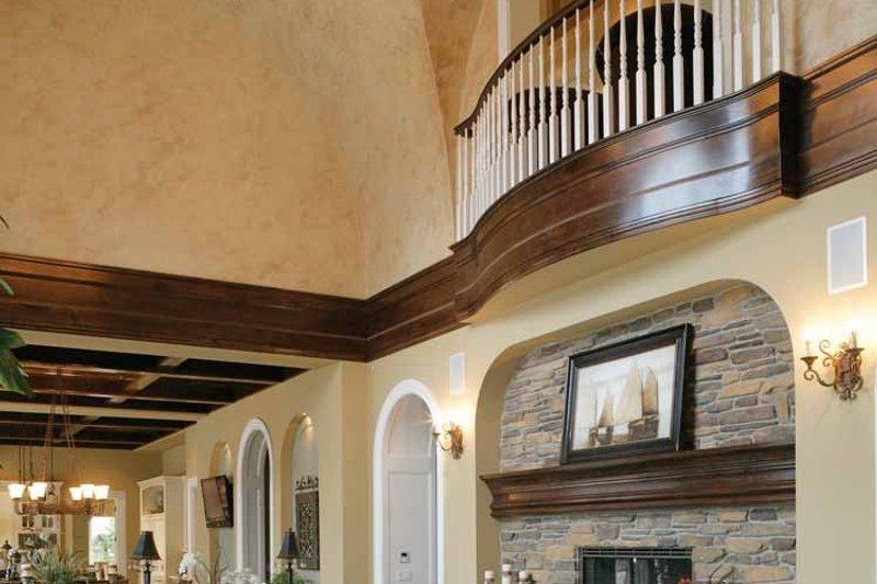 Prairie Interior - Family Room Plan #132-354 - Houseplans.com