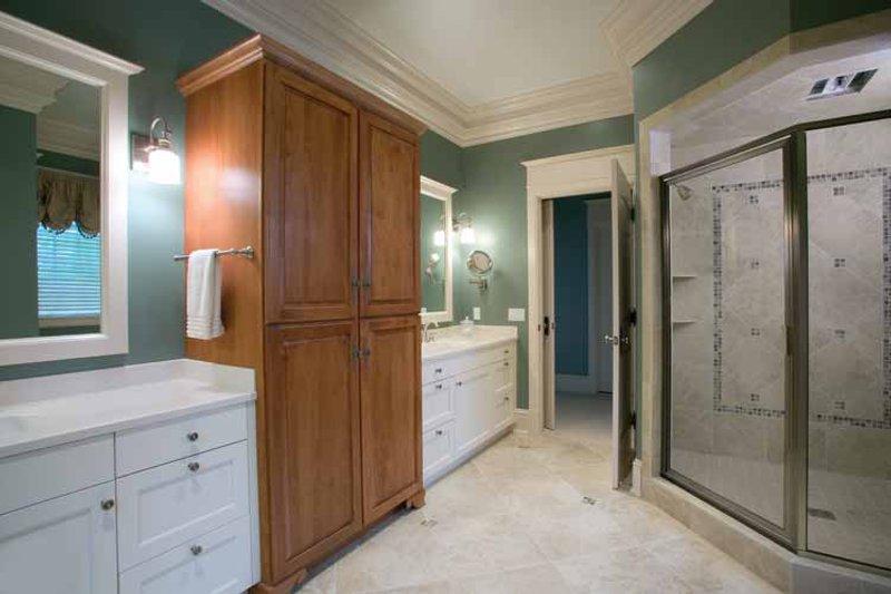 European Interior - Bathroom Plan #928-16 - Houseplans.com
