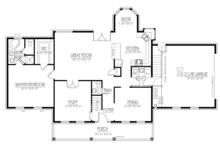 Colonial Floor Plan - Main Floor Plan Plan #1061-2