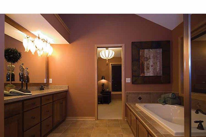 Prairie Interior - Master Bathroom Plan #51-1126 - Houseplans.com