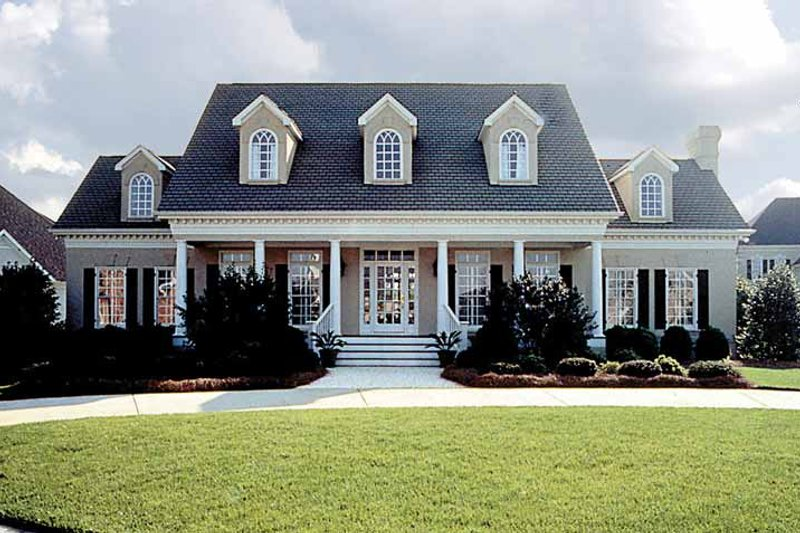 Home Plan - Classical Exterior - Front Elevation Plan #453-92